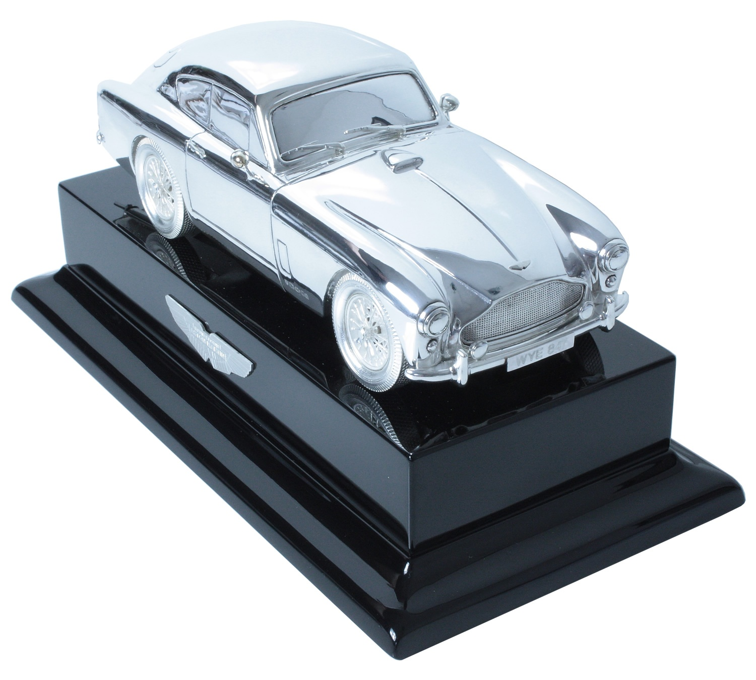 Silver Aston Martin 1:18 scale DB2 Mark III coupe