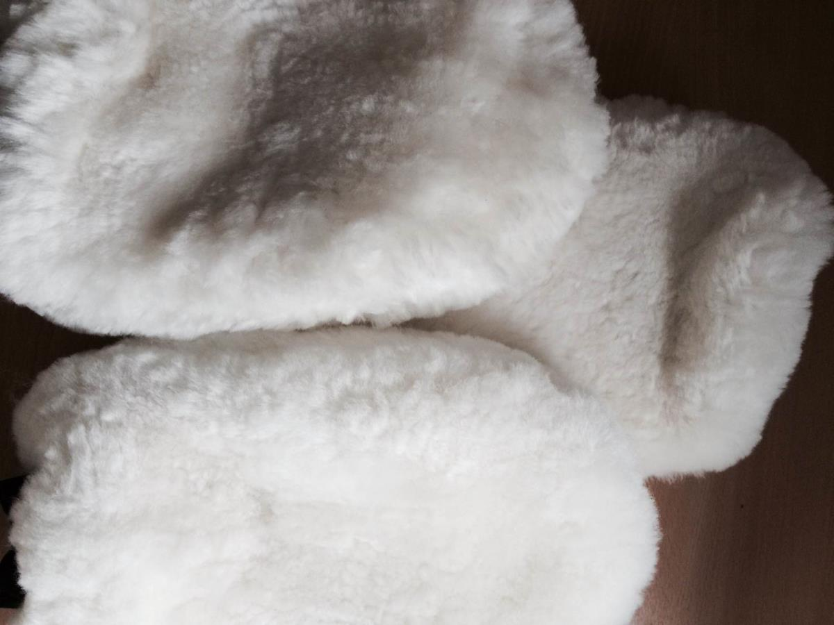Limited Edition White Sheepskin Soft Wash Mitt